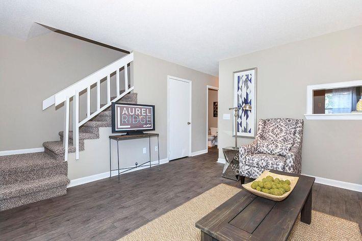 Two Bedroom Magnolia Livingroom