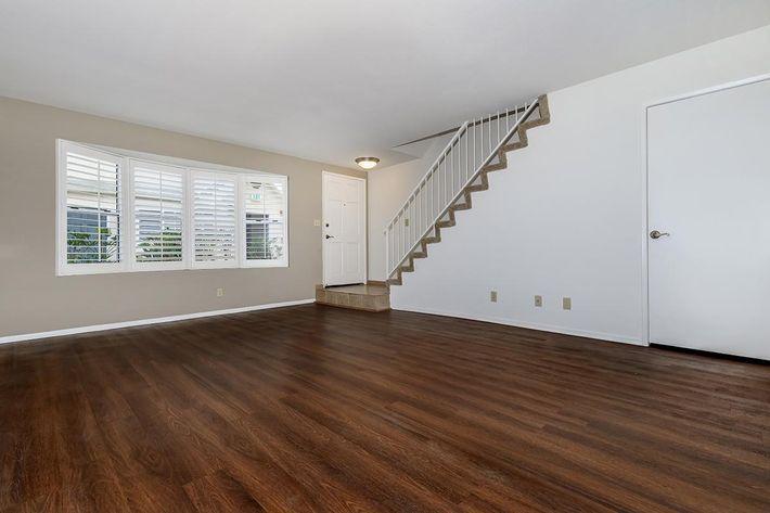01c Living Room.jpg