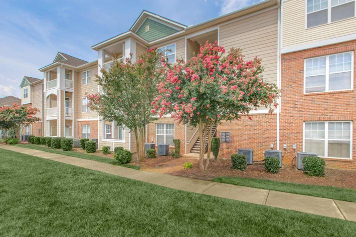 Beautiful Landscapes In Heather Ridge In Charlotte, NC