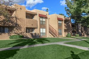ONE AND TWO BEDROOM APARTMENTS IN PHOENIX, AZ