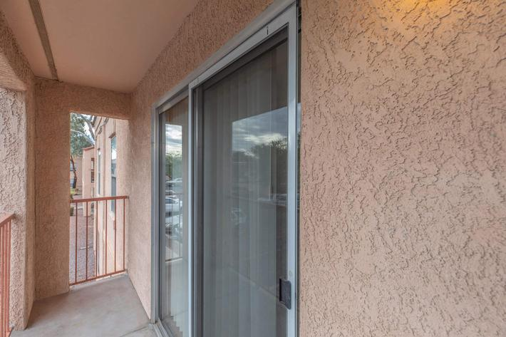 Apartments with balcony or patio at La Posada in Tucson