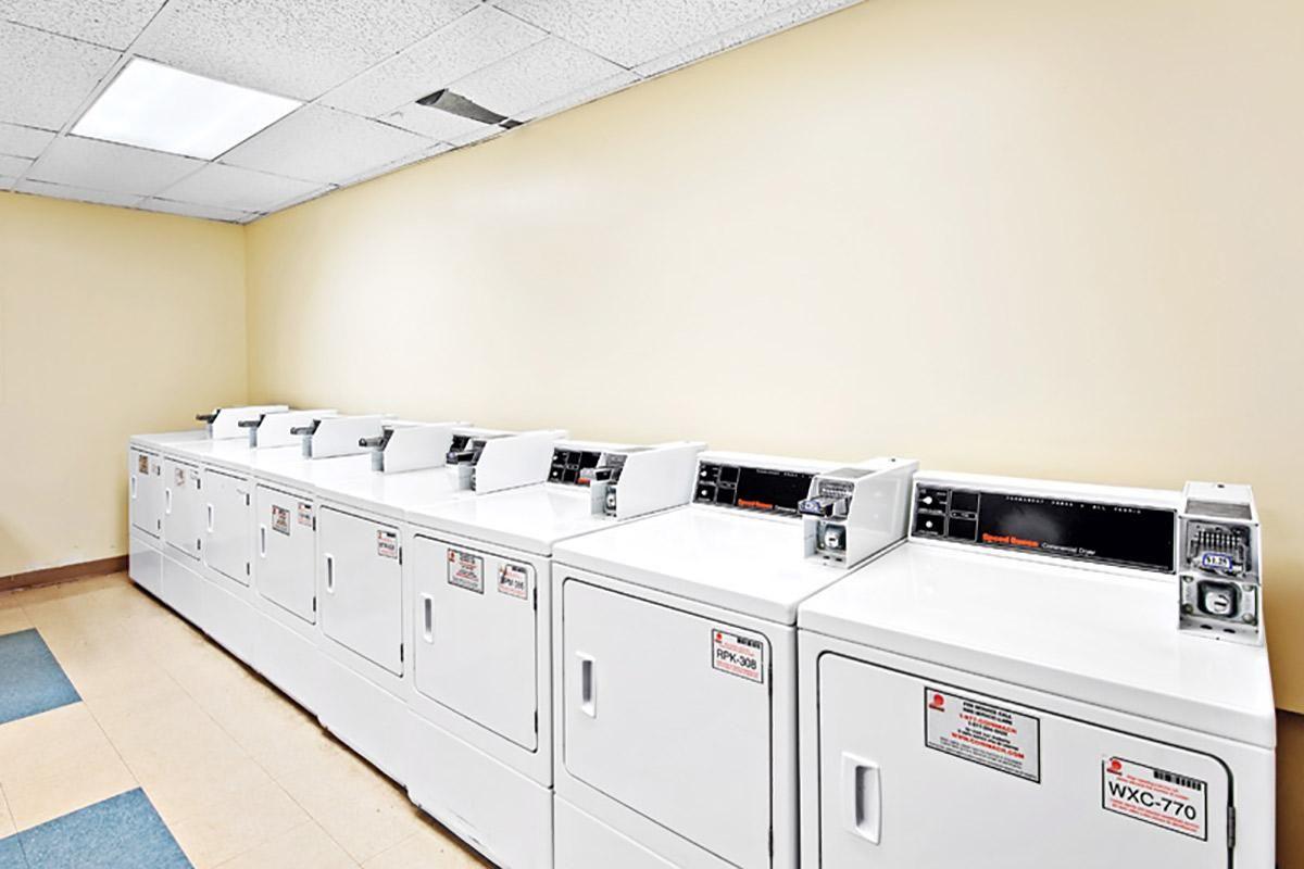 Laundry_view_01.jpg
