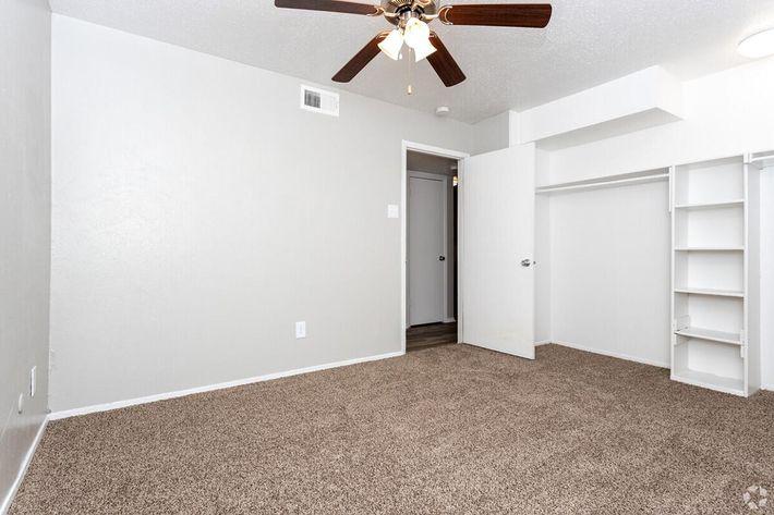 B4 Guest Bedroom.jpg