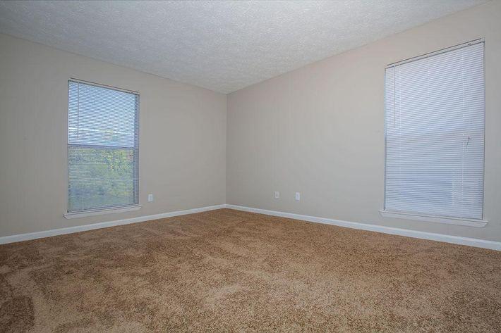04a Master Bedroom.jpg