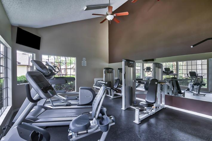 Fitness-Center_21141 CANADA RD LAKE FOREST, CA 92630-2754_EMERALD COURT_RPI_II-280928-46.jpg