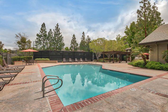 Pool_21141 CANADA RD LAKE FOREST, CA 92630-2754_EMERALD COURT_RPI_II-280928-2.jpg
