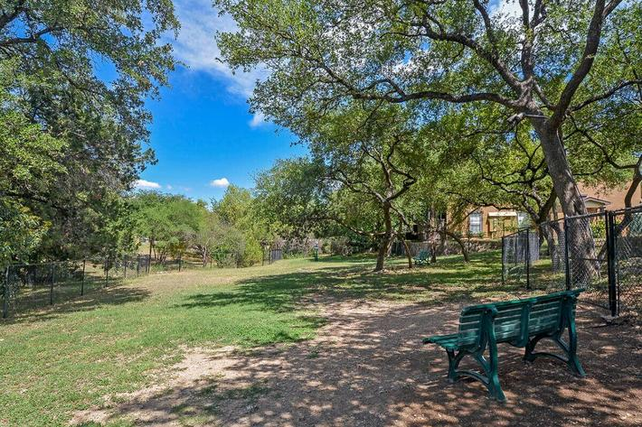 The Reserve at Canyon Creek Apartments in San Antonio, TX - Dog Park 02.jpg