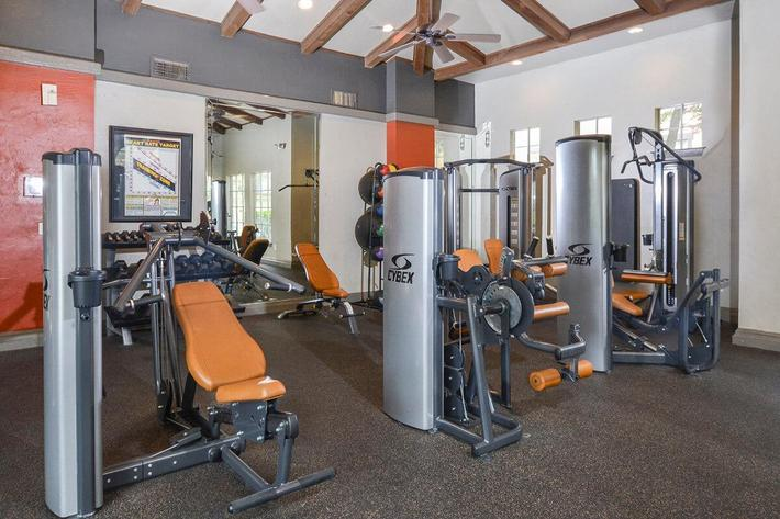 The Reserve at Canyon Creek Apartments in San Antonio, TX - Fitness Center 01.jpg