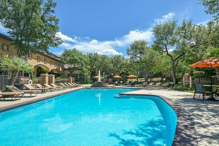 The Reserve at Canyon Creek Apartments in San Antonio, TX - Swimming Pool 12.jpg