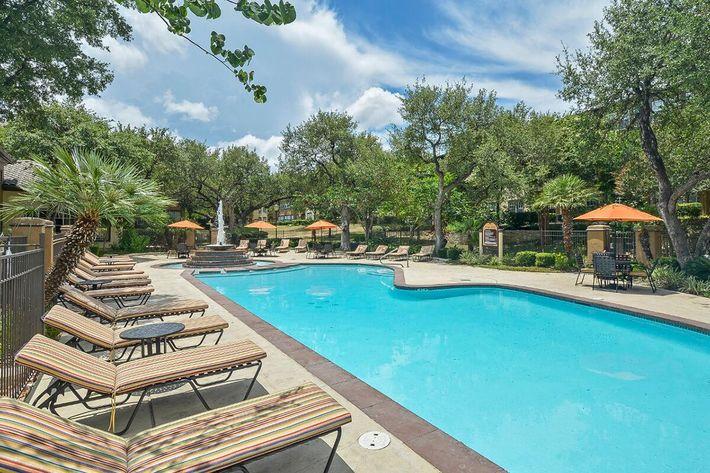 The Reserve at Canyon Creek Apartments in San Antonio, TX - Swimming Pool 21.jpg