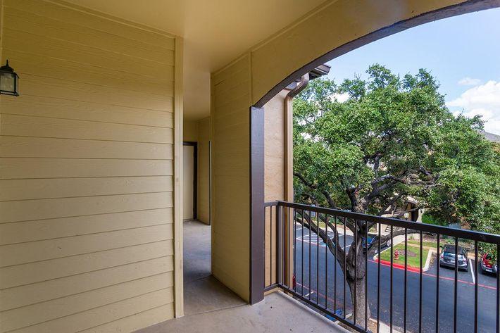 The Reserve at Canyon Creek Apartments in San Antonio, TX - Interior 29.jpg