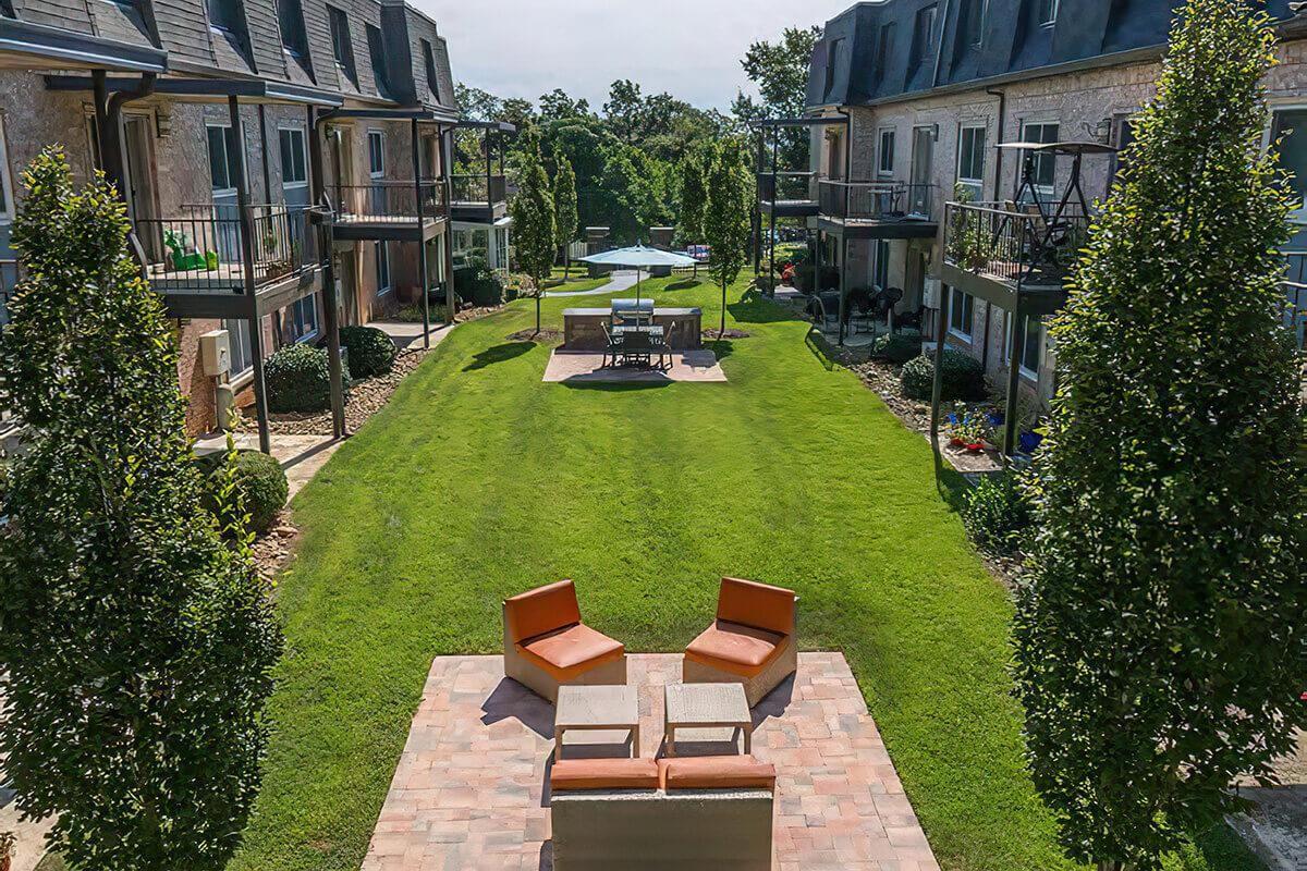 Terraces at Summerville OM (016).jpg