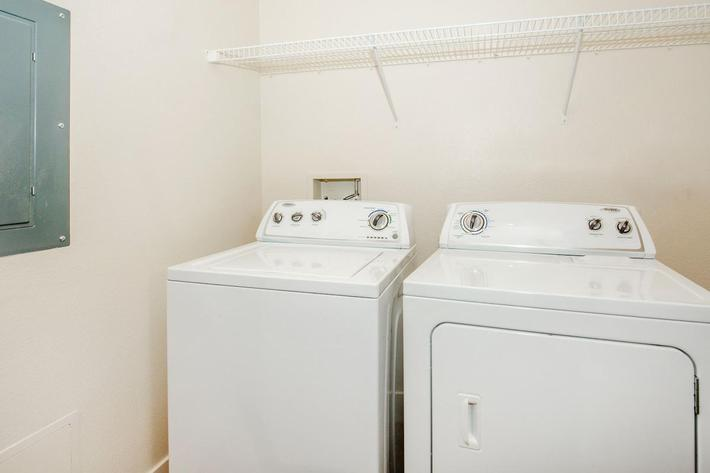 ECHELON AT CENTENNIAL HILLS IN LAS VEGAS HAS A WASHER AND DRYER IN THE HOME