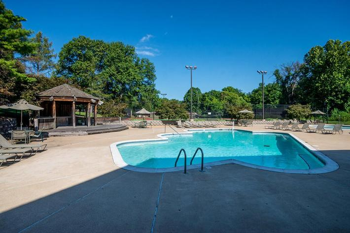 Whispering Hills Apartments in Creve Coeur, MO - Swimming Pool 03.jpg