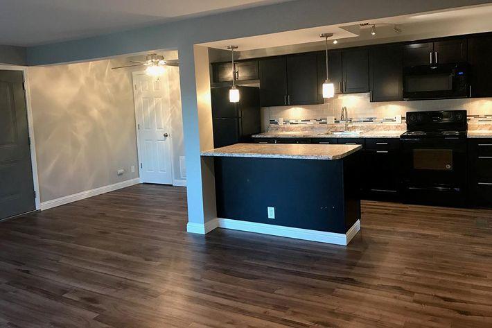 12541M Kitchen.jpg