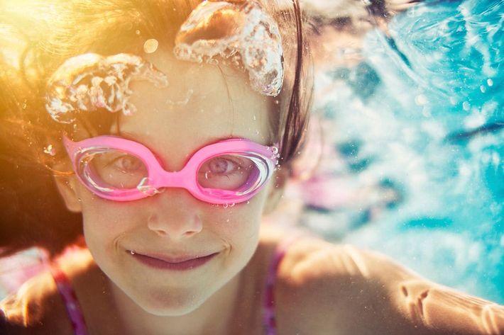 amenities-pool-kid.jpg