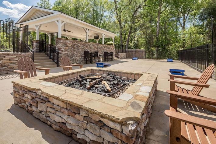 Walden Glen Apartments in Evans, GA - Pool Area 04.jpg