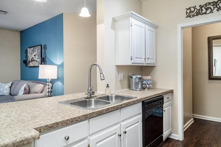 Walden Glen Apartments in Evans, GA - Interior 08.jpg
