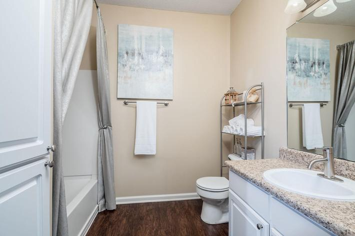 Walden Glen Apartments in Evans, GA - Interior 11.jpg