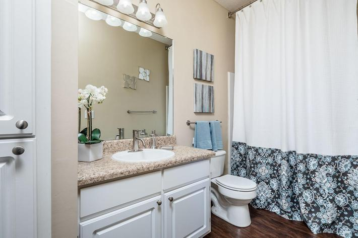 Walden Glen Apartments in Evans, GA - Interior 14.jpg