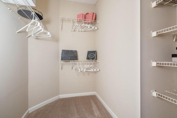 Walden Glen Apartments in Evans, GA - Interior 15.jpg