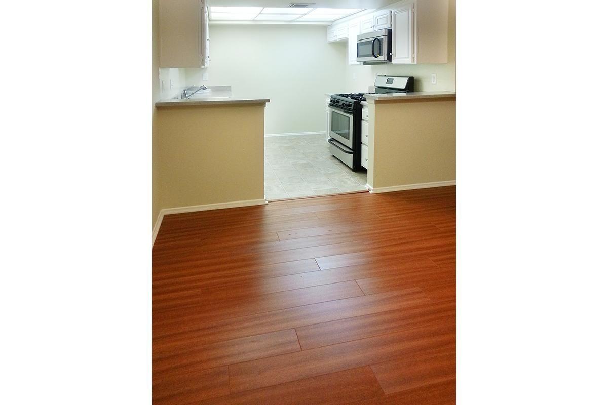 KitchenDining Room.jpg