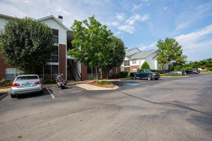 Reserve at Harpers Point Apartments in Murfreesboro, TN - Exterior 02.jpg