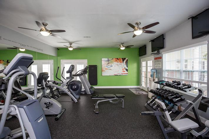 Reserve at Harpers Point Apartments in Murfreesboro, TN - Fitness Center 02.jpg