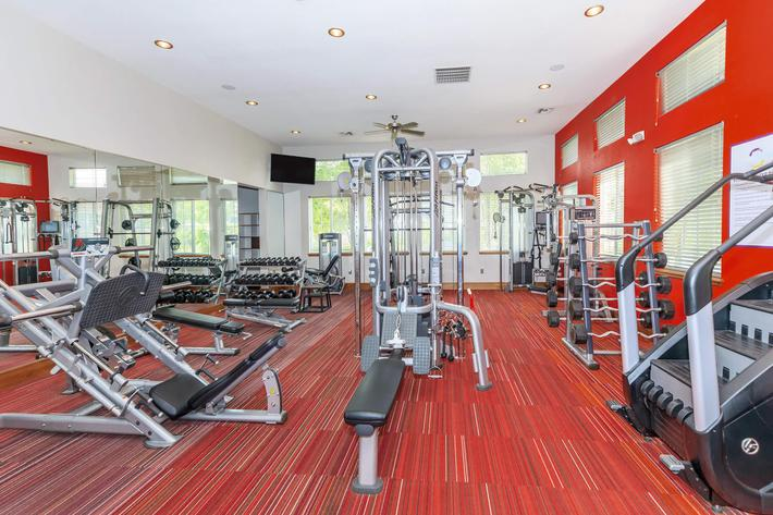 STATE-OF-THE-ART COMMERCIAL HEALTH CLUB