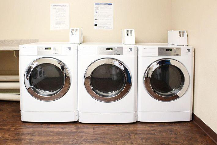 laundry_edit2.jpg
