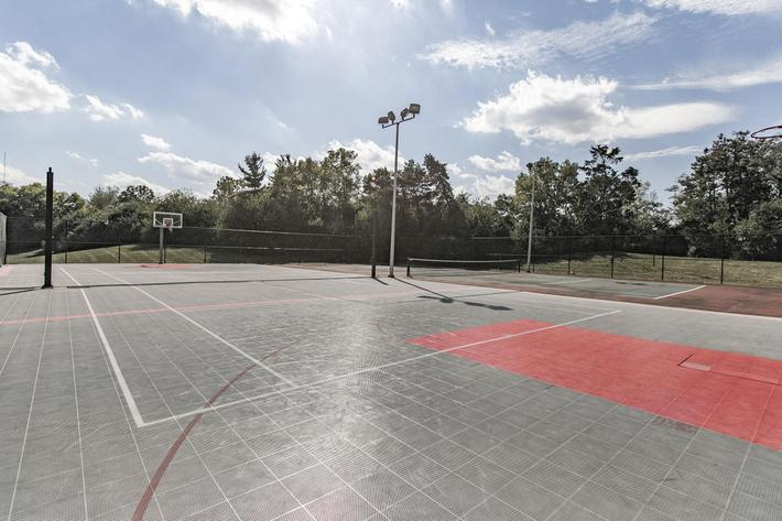 Runaway Bay sports court.jpg