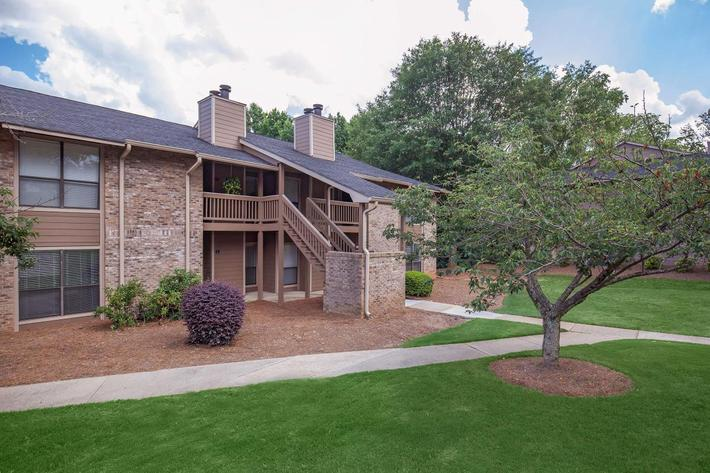 Beautiful landscaping at Haywood Pointe in Greenville, South Carolina.