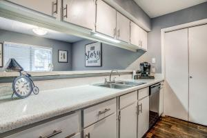 FULLY-EQUIPPED KITCHEN WITH PANTRY
