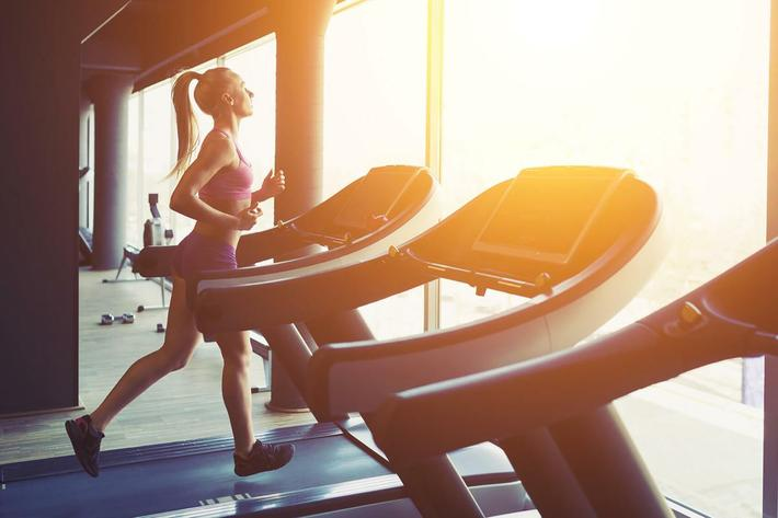 amenities-fitness-treadmill-5.jpg