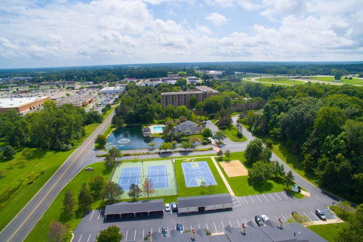 Summer Ridge Kalamazoo MI - Aerial Exterior 7.jpg