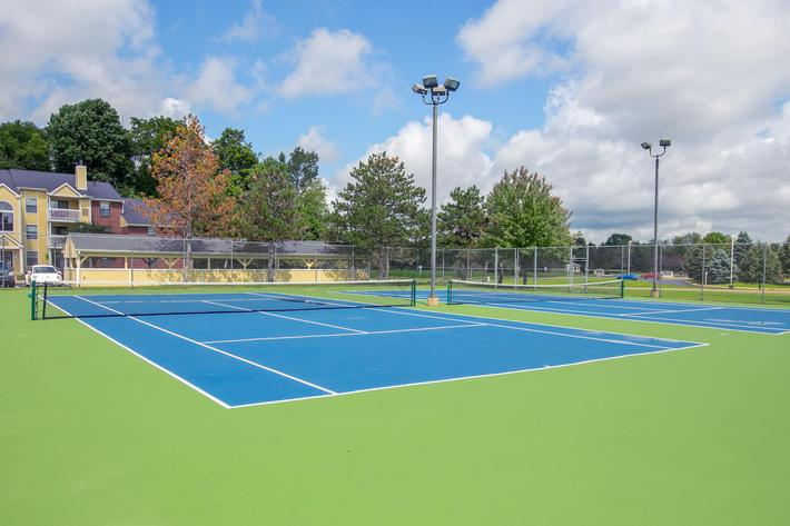 Summer Ridge Kalamazoo MI - Tennis Court 1.jpg