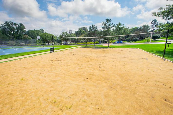 Summer Ridge Kalamazoo MI - Volleyball Court 3.jpg