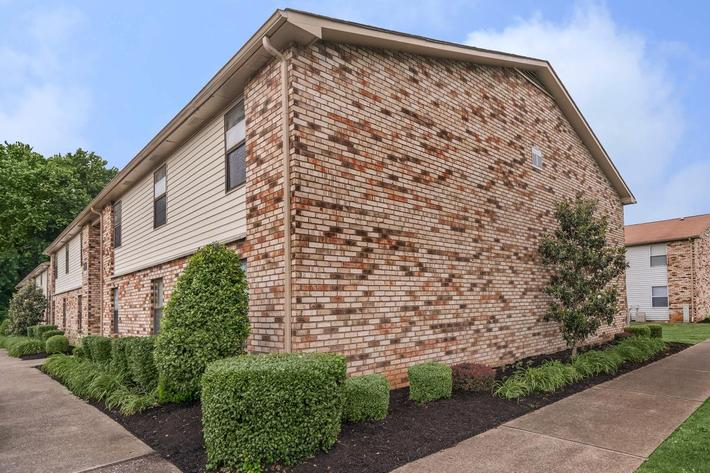 brick exterior at Eagles Crest at Wallace in Clarksville, Tennessee