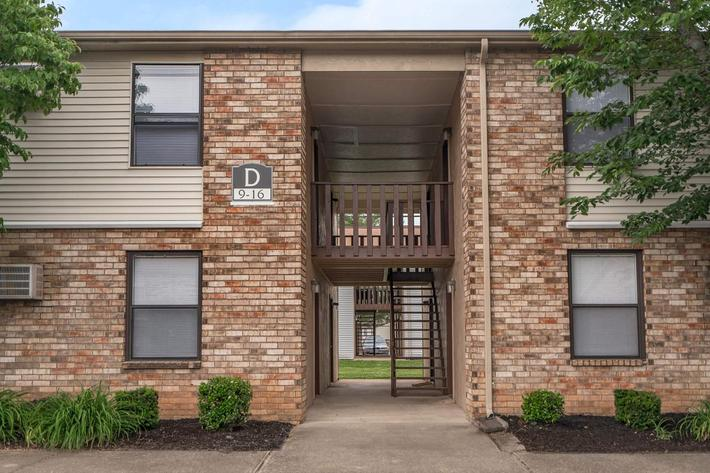 charming brick exteriors at Eagles Crest at Wallace in Clarksville, Tennessee