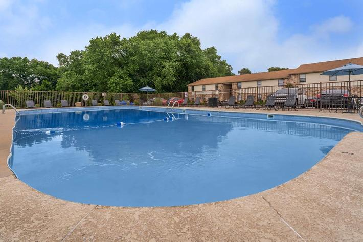 Enjoy the Pool at Eagles Crest at Wallace