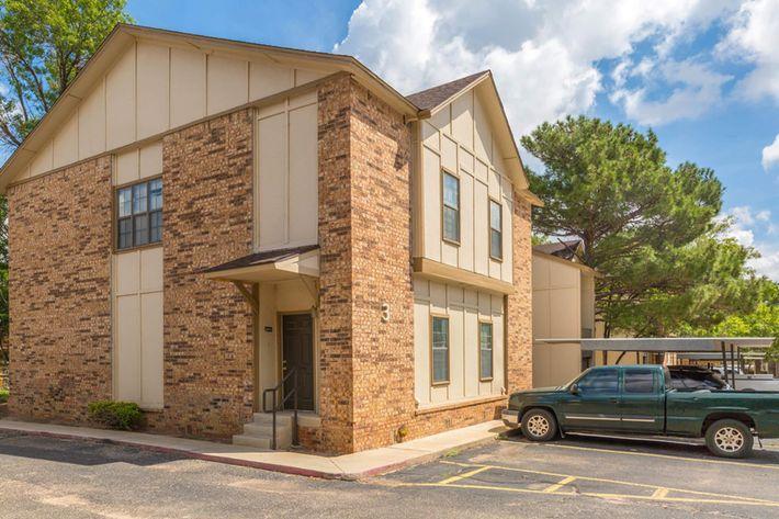 bent-tree-apartments-big-spring-tx-building-photo (9).jpg