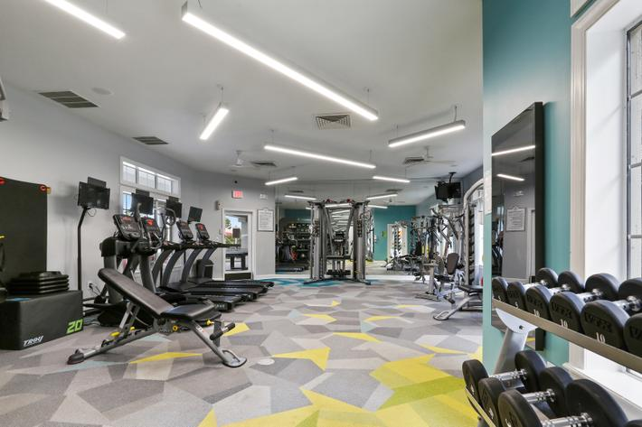 STAYING FIT IS EASY AT REGISTRY AT WINDSOR PARKE