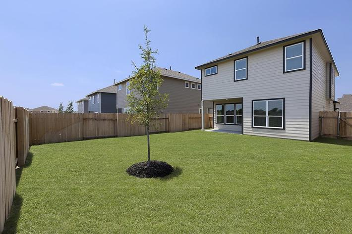 Apartments in Georgetown - Rivers Edge Home with Large Landscaped, Fenced-in Backyard