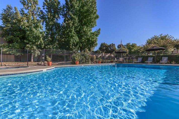 Cobblestone Village has two swimming pools