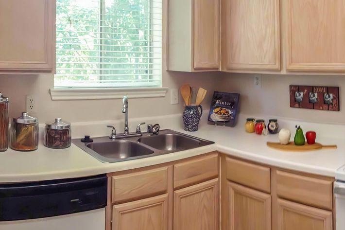 Mallard Creek kitchen model july 2012-width-2400px.jpg