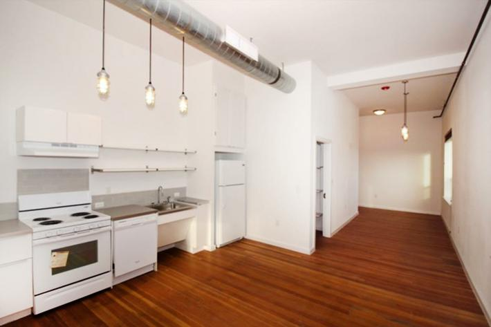 760 sq ft kitchen.JPG