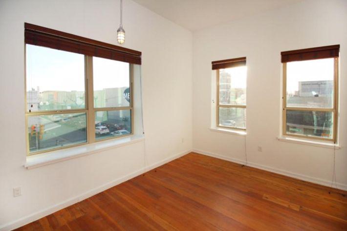 760 sq ft windows.JPG