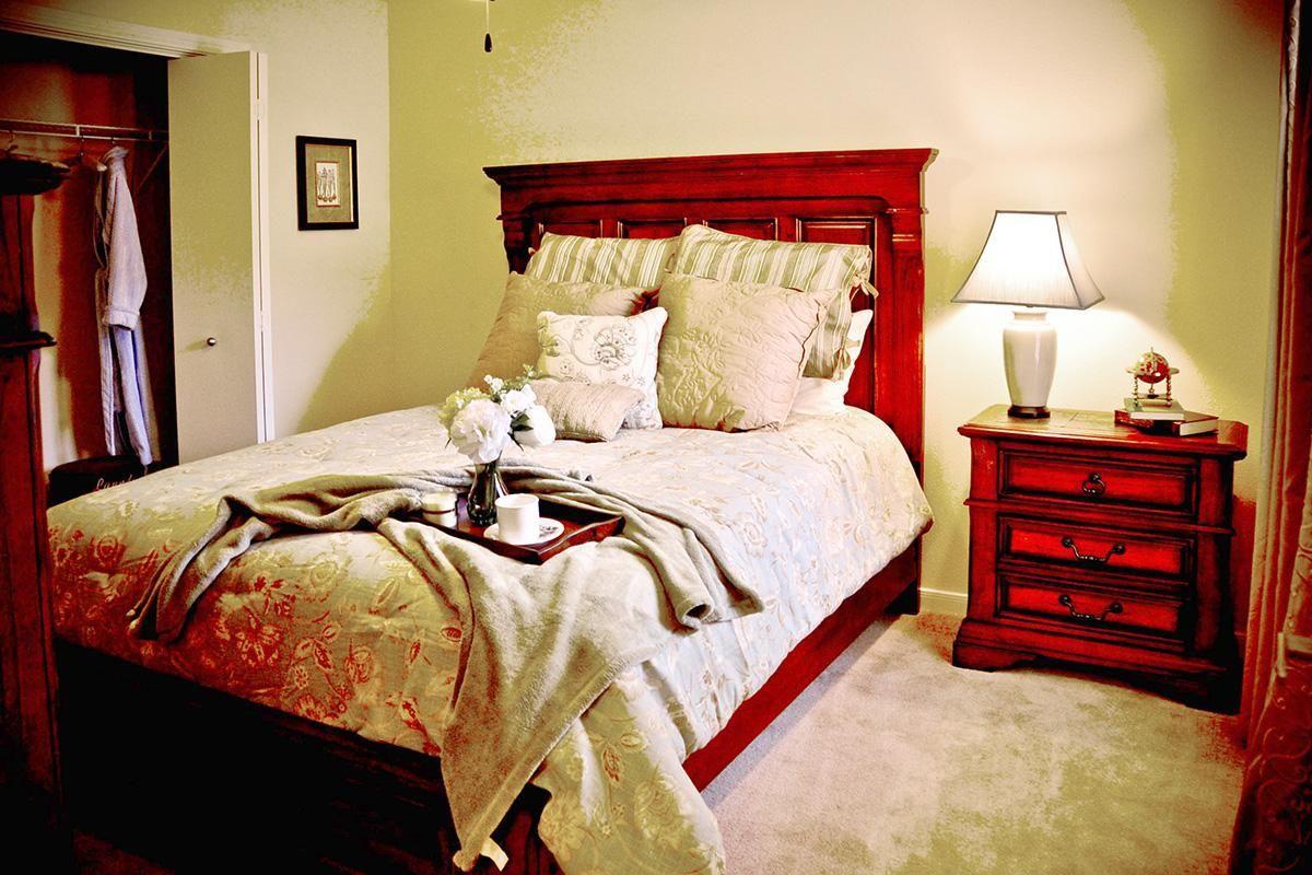 2x1 Master Bedroom.jpg