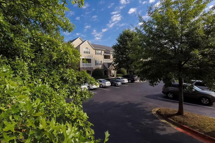Walden Crossing Apartments in Canton, GA - Exterior 03.jpg