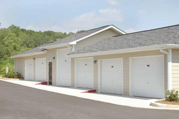 Walden Crossing Apartments in Canton, GA - Garages 01.JPG